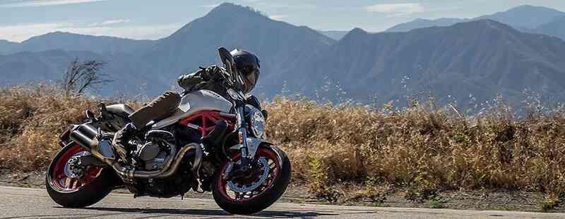 piegare in moto